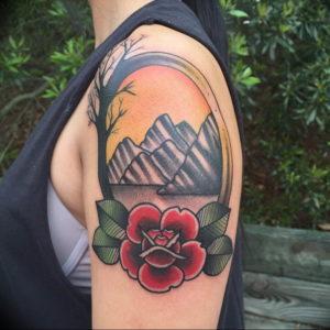 Фото тату горы на плече 23.07.2019 №037 - mountain tattoo on the shoulder - tattoo-photo.ru