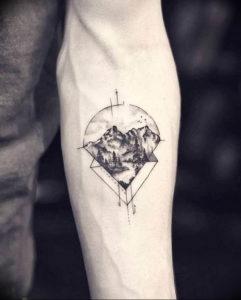 Фото тату горы на предплечье 23.07.2019 №030 - forearm mountain tattoo - tattoo-photo.ru