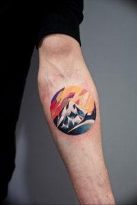 Фото тату горы на предплечье 23.07.2019 №061 - forearm mountain tattoo - tattoo-photo.ru