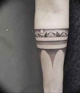 Фото тату горы на руке 23.07.2019 №022 - mountain tattoo on hand - tattoo-photo.ru