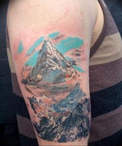 Фото тату горы на руке 23.07.2019 №040 - mountain tattoo on hand - tattoo-photo.ru