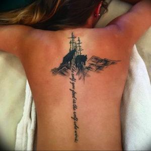 Фото тату горы на спине 23.07.2019 №013 - mountain tattoo on the back - tattoo-photo.ru