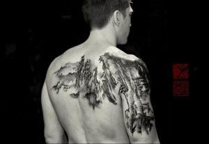 Фото тату горы на спине 23.07.2019 №022 - mountain tattoo on the back - tattoo-photo.ru