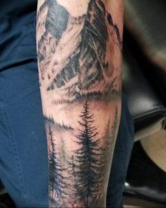 Фото тату лес и горы 23.07.2019 №001 - mountain forest tattoo - tattoo-photo.ru