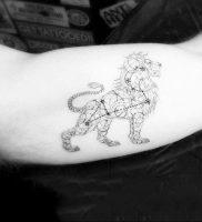 Фото тату созвездие на руке 12.07.2019 №026 — tattoo constellation on arm — tattoo-photo.ru