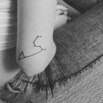 Фото тату созвездие на руке 12.07.2019 №032 - tattoo constellation on arm - tattoo-photo.ru