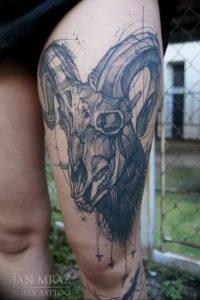 Фото тату череп козла 28.07.2019 №011 - goat skull tattoo - tattoo-photo.ru