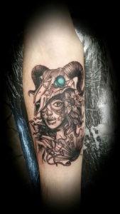 Фото тату череп козла 28.07.2019 №039 - goat skull tattoo - tattoo-photo.ru
