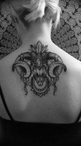 Фото тату череп козла 28.07.2019 №066 - goat skull tattoo - tattoo-photo.ru