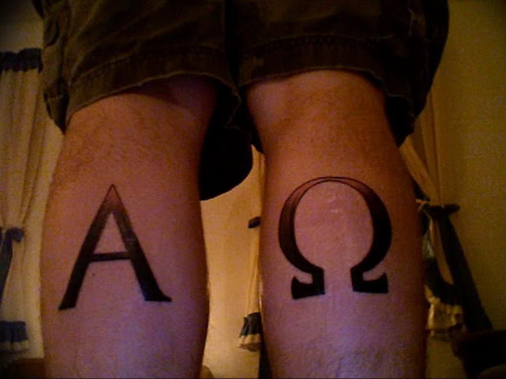 Фото пример альфа и омега тату 13.08.2019 №025 - tattoo alpha beta omeg - tattoo-photo.ru