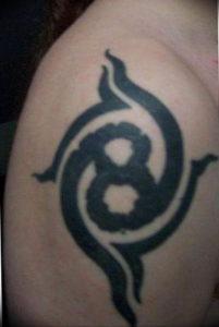 Фото тату цифра 8 21.08.2019 №053 - tattoo number 8 - tattoo-photo.ru