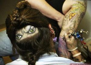 тату глаз на затылке 24.09.2019 №018 -the back of the head tattoo- tattoo-photo.ru