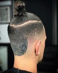 тату на затылке для мужчин 24.09.2019 №016 -the back of the head tattoo- tattoo-photo.ru