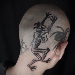 фото татуировки на затылке 24.09.2019 №012 -the back of the head tattoo- tattoo-photo.ru