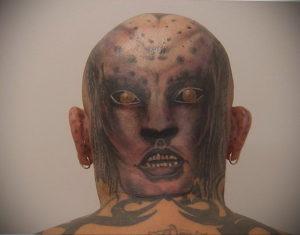 фото татуировки на затылке 24.09.2019 №022 -the back of the head tattoo- tattoo-photo.ru