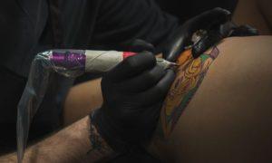 Что следует знать при посещении тату-салона - фото - картинка для статьи