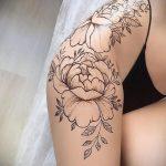 Мехенди на ляжках фото пример 14.02.2020 №012 -Mehendi on thighs- tattoo-photo.ru