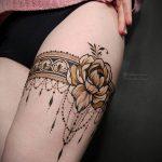 Мехенди на ляжках фото пример 14.02.2020 №018 -Mehendi on thighs- tattoo-photo.ru