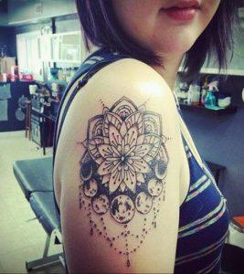 лотос-мандала тату фото пример 04.02.2020 №017 -mandala tattoo- tattoo-photo.ru
