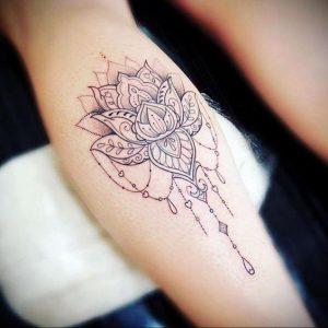 лотос-мандала тату фото пример 04.02.2020 №026 -mandala tattoo- tattoo-photo.ru