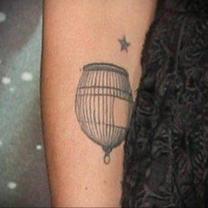 фото тату птица в клетке 02.01.2019 №038 -bird cage tattoo- tattoo-photo.ru
