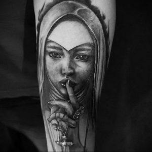 Тату Монашка пример рисунка 16.02.2020 №1103 -tattoo nun- tattoo-photo.ru