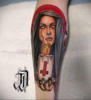 Тату Монашка с крестом 16.02.2020 №1010 -tattoo nun with a cross- tattoo-photo.ru