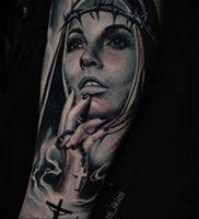 Тату Монашка с крестом 16.02.2020 №1014 -tattoo nun with a cross- tattoo-photo.ru