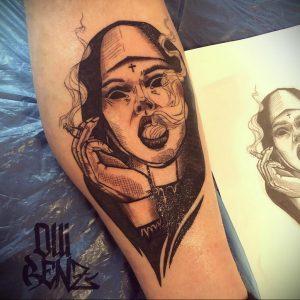 Тату Монашка с сигаретой 16.02.2020 №1007 -tattoo nun with a cigarette- tattoo-photo.ru