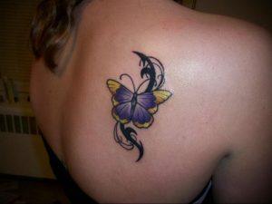 Фото маленькой тату на лопатке 09.03.2020 №009 -tattoo on the shoulder- tattoo-photo.ru