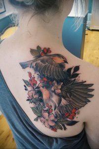 Фото татуировки на лопатке 09.03.2020 №009 -tattoo on the shoulder- tattoo-photo.ru