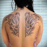Фото татуировки на лопатке 09.03.2020 №042 -tattoo on the shoulder- tattoo-photo.ru