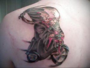 Фото тату на левой лопатке 09.03.2020 №042 -tattoo on the shoulder- tattoo-photo.ru