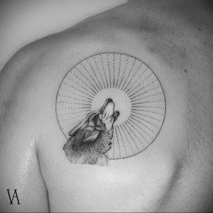 Фото тату на левой лопатке 09.03.2020 №051 -tattoo on the shoulder- tattoo-photo.ru