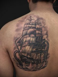 Фото тату на левой лопатке 09.03.2020 №062 -tattoo on the shoulder- tattoo-photo.ru