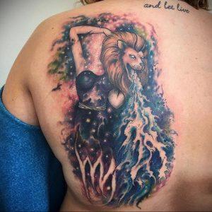 Фото тату на лопатке Лев 09.03.2020 №017 -tattoo on the shoulder- tattoo-photo.ru