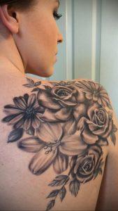 Фото тату на правой лопатке 09.03.2020 №020 -tattoo on the shoulder- tattoo-photo.ru