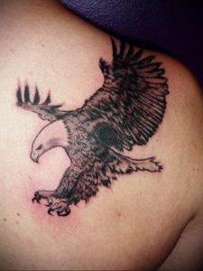 Фото тату на правой лопатке 09.03.2020 №048 -tattoo on the shoulder- tattoo-photo.ru