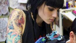 Работа тату мастером – отрицательные моменты в профессии - фото - картинка 3