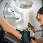 Работа тату мастером – отрицательные моменты в профессии - фото - картинка 8