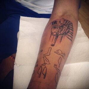 Пример рисунка татуировки Сфинкс 14.12.2020 №065 -sphinx tattoo-tattoo-photo.ru