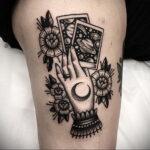 Фото рисунка тату рука ведьмы 28.01.2021 №0016 - witch hand tattoo - tattoo-photo.ru