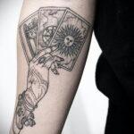 Фото рисунка тату рука ведьмы 28.01.2021 №0018 - witch hand tattoo - tattoo-photo.ru